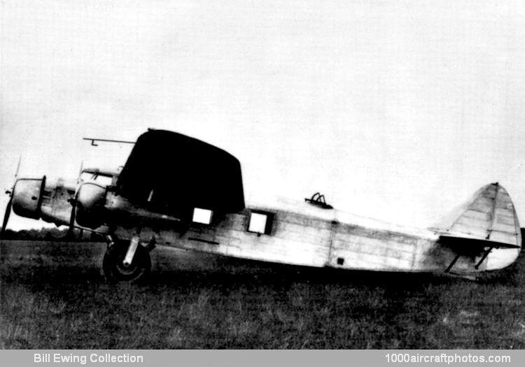 Neuvième série de photos du MAE transmises par G.Demmerlé - Page 2 11208L