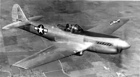 No. 5590. Curti... P 40 Warhawk